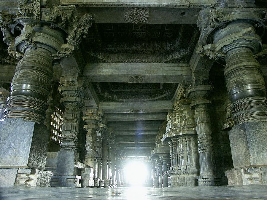 Храмовый комплекс Белура, Карнатака, Индия