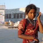 Девочка у колонки, Гуджарат. Лица Индии - Kartzon Dream - тревел фото, тревел видео, авторские путешествия, фототуры