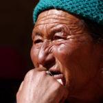 Женщина на фестивале цам. Лица Ладакха - Kartzon Dream - тревел фото, тревел видео, авторские путешествия, фототуры