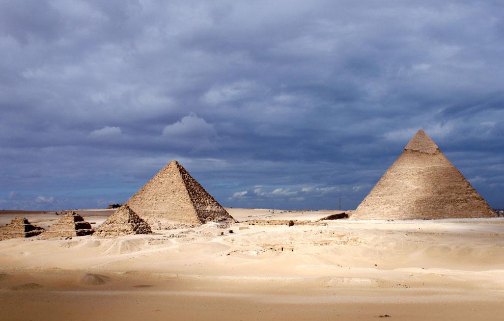 Пирамиды Гизы, Каир