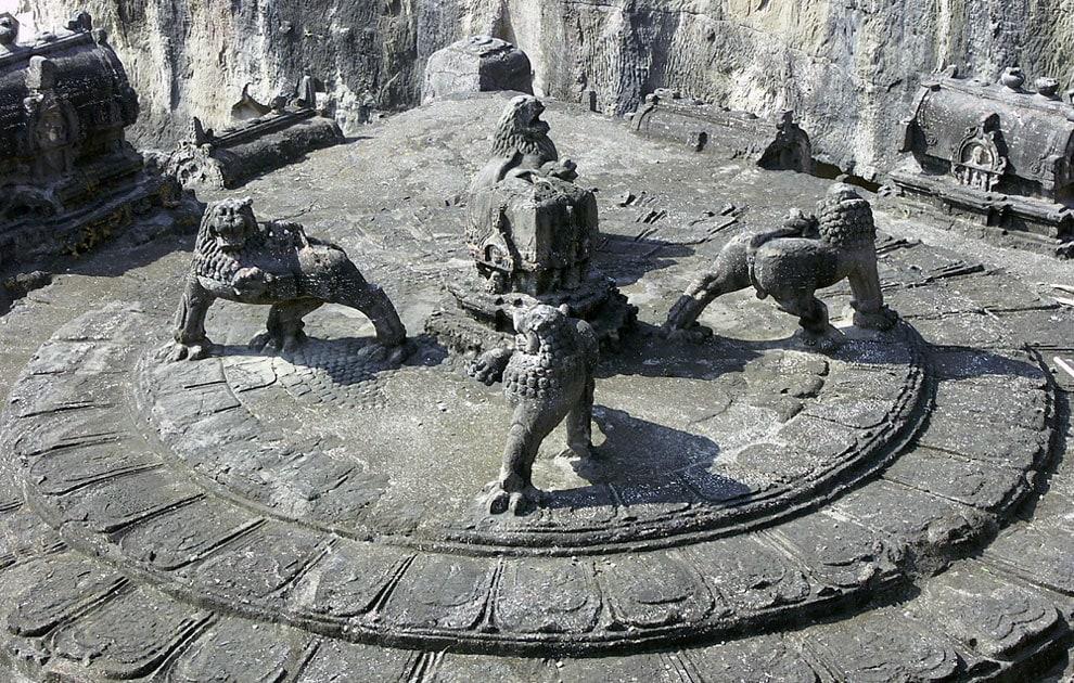 Храм Кайласанатха. Скальные храмы Эллоры