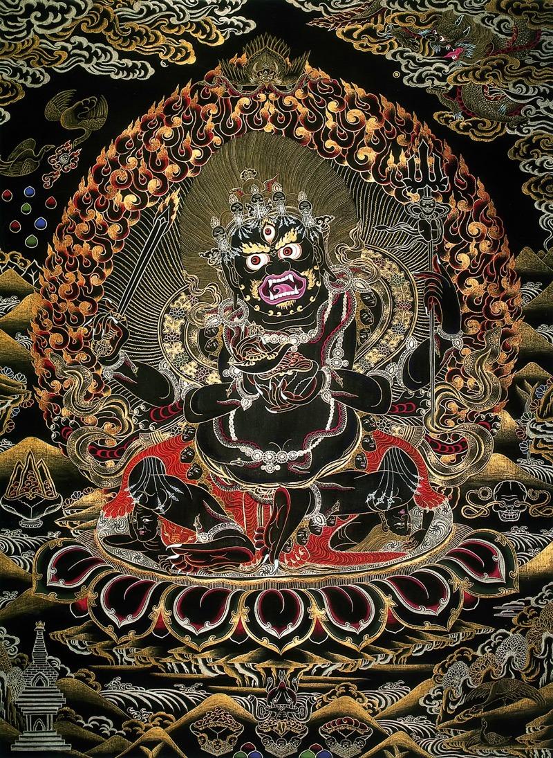 Тханка Черный четырехрукий Махакала. Работа Таманг в тибетском стиле, минеральные цвета и жидкое золото