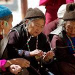 Бабушки в Ламаюру, Ладакх, Индия - Kartzon Dream - тревел фото, тревел видео, авторские путешествия