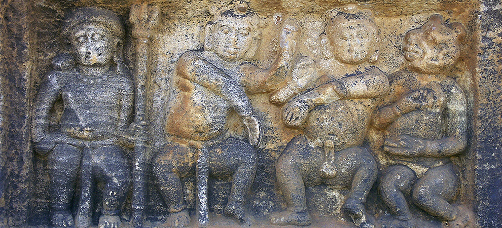 Бадами, скальные храмы Бадами - Тур в Центральную Индию